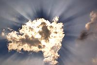 Freude durch Wolken hindurch